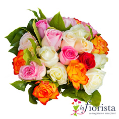 Bouquet di rose rosa bianche e arancio