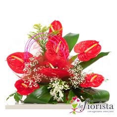 Composizione funebre di anthurium rossi