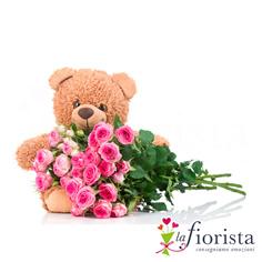 Mazzo di rose rosa e peluche